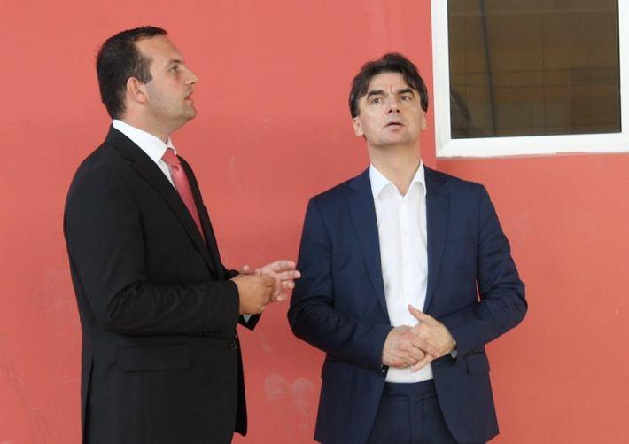 Potpredsjednik Vlade RH Branko Grčić u Tisnom (Foto H. Pavić) (2)