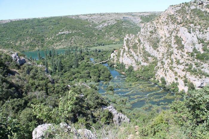 Pogled iz pećine, neprocijenjivo (foto H. Pavić)
