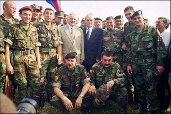 Predsjednik dr. Franjo Tuđman, ministar obrane Gojko Šušak i njihova svita došli su na tvrđavu tek sutradan.