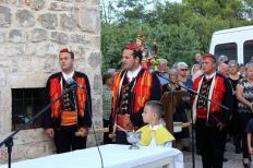 Načelnik Klarin nosio je kip sv. Roka