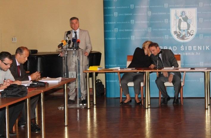 Gradsko vijeće Grada Šibenika - sjednica 25. rujna 2014. (Foto H. Pavić) (5)