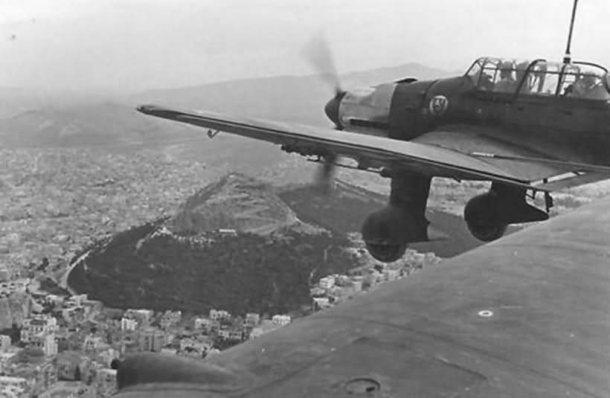 Ju_87_Stuka,_StG_3_1943