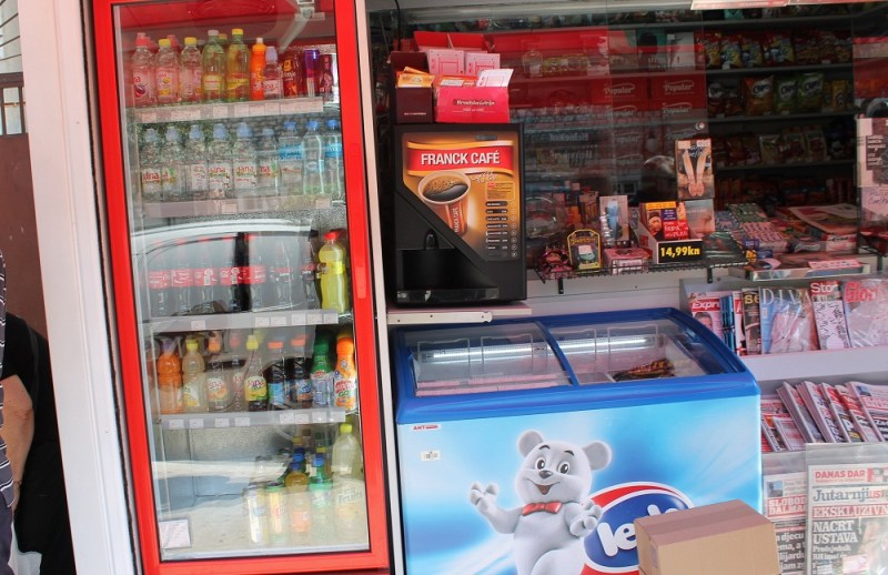 Mjesto za prodaju hladnih i toplih napitaka, sladoleda, pekarskih proizvoda… u Šibeniku možete dobiti za samo 702 kune mjesečno!