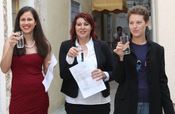 Građanska inicijativa za zdravu Vodu - Alisa Jajac, Barbara Žižić i Iva Milutin (Foto Hrvoslav Pavić)