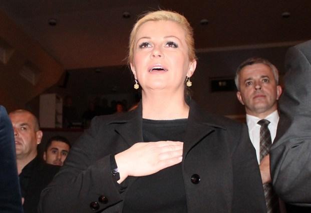 Kolinda Grabar Kitarović u Vodicama, u crnom kompletu (Foto H. Pavić)