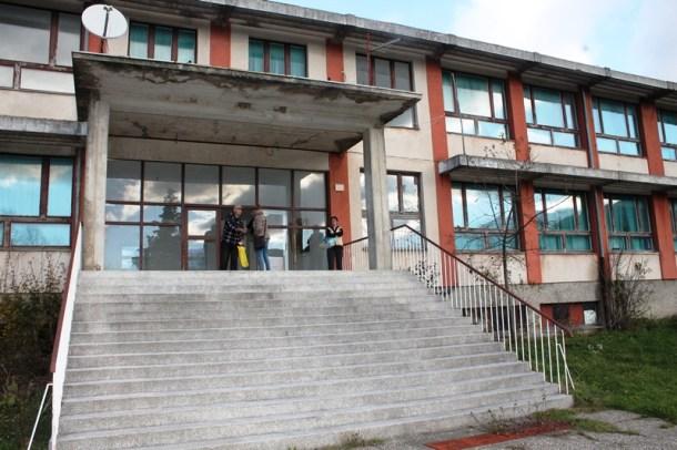 Strmica - Osnovna škola još uvijek je izbjegličko naselje (Foto H. Pavić) (10)