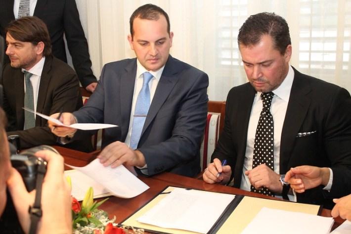 Tisno - potpisivanje ugovora Prisliga - Jazina  (4)