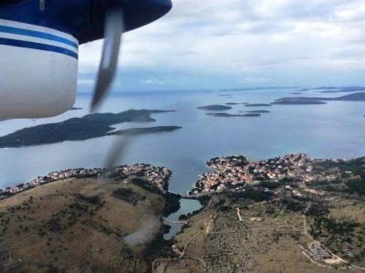 Hidroavion iznad Žaborića (foto Grad Šibenik)
