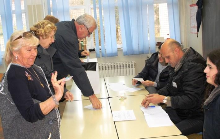 Izbori 11. siječnja (Foto H. Pavić) (4)