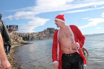 Novogodišnje kupanje na Banju (Foto H. Pavić) (10)