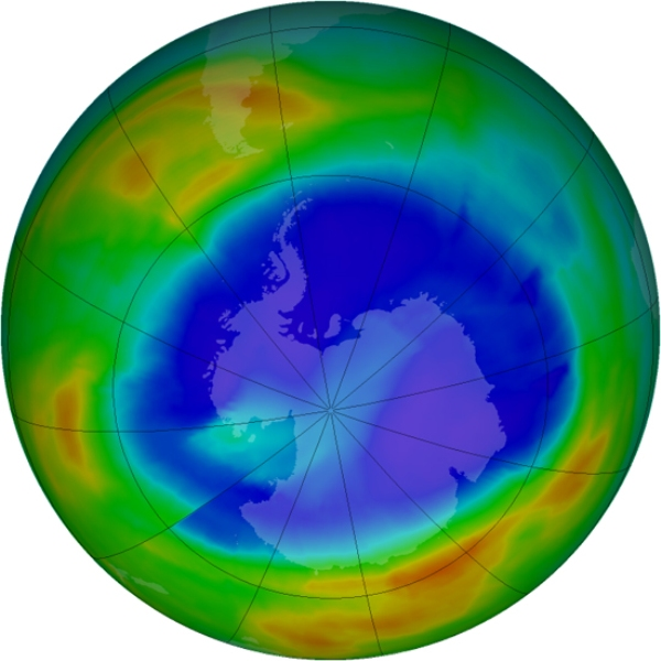 prikaz stanja ozonskog sloja iznad Antartike na dan 09.09. 2014.g. Ljubičasta i plava boja pokazuju gdje je ozonski sloj najtanji, a žuta i crvena gdje je ozona najviše