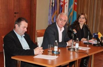 Javna rasprava o 'bušenju Jadrana' (Foto H. Pavić) (8)