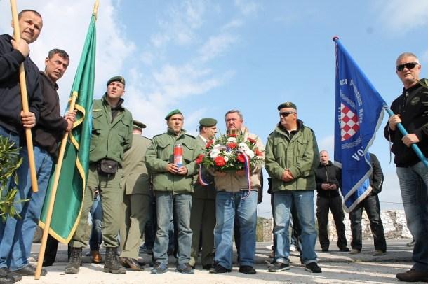 Prosvjed branitelja na šibenskom mostu (Foto H. Pavić) (1)