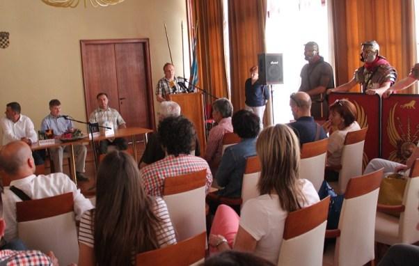Predstavljanje u Gradskoj vijećnici (Foto: H. Pavić)