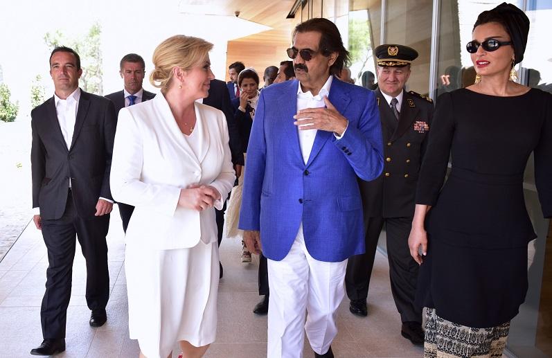 Hrvatska predsjednica Kolinda Grabar Kitarović sa Šeikom Hamadom bin Khalifom Al-Thaniem (Foto: Ured predsjednice RH)