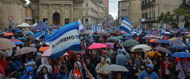 Mnoštvo  u Italiji prosvjeduje i po kiši