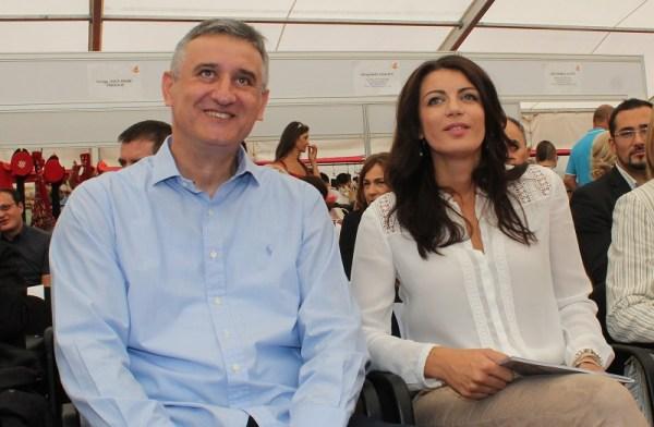Predsjednik HDZ-a Tomislav Karamarko i direktorica kampanje  Josipa Rimac na nedavnom stranačkom susretu u Drnišu (Foto: Tris/H. Pavić)