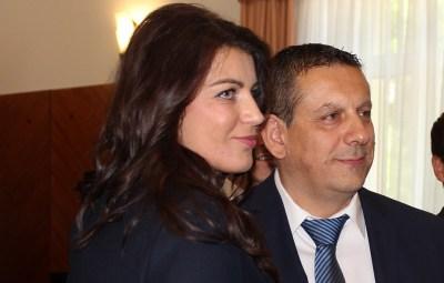 Bivša gradonačelnica Josipa Rimac s novim gradonačelnikom Nikolom Blaževićem (Foto: Grad Knin)