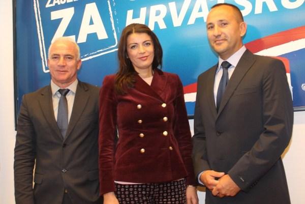 Važno je predstaviti se: Goran Pauk, Josipa Rimac i Hrvoje Zekanović (Foto: Tris/H. Pavić)