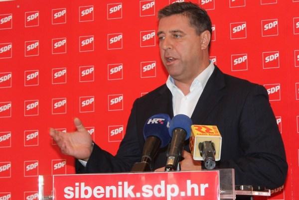 'Moj grad - moj klub' - rekao je Franko Vidović na današnjoj konferenciji za novinare (Foto: Tris/H. Pavić)