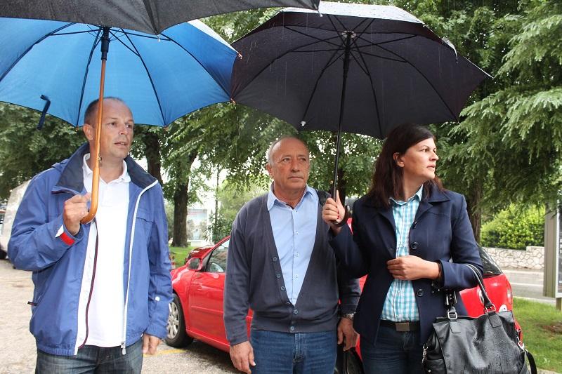 Ilustracija: Joško Šupe, Ivan Rajić i Anita Jakšić na 'hodajućoj pressici' (Foto: Tris/H. Pavić)