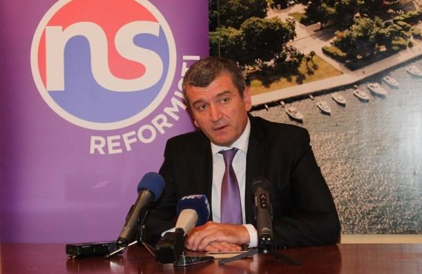 Petar Baranović - konferencija za novinare 2. listopada 2015. (Foto H. Pavić) (5)