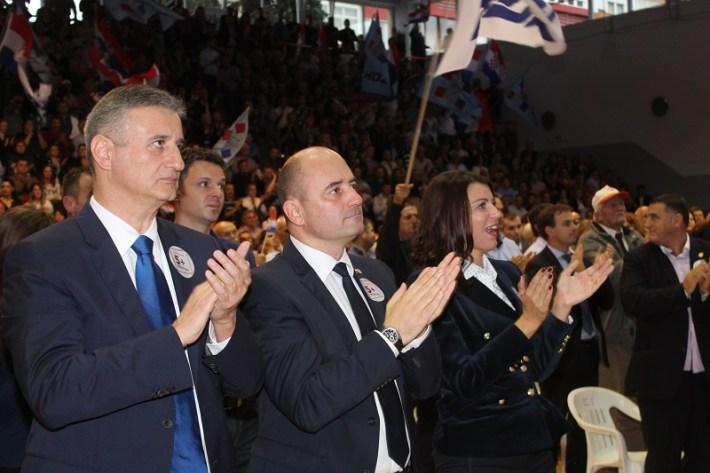 Tomislav Karamarko na predizbornom skupu HDZ-a u Šibeniku (Foto H. Pavić) (16)