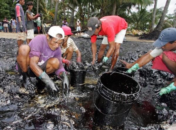 Psljedica naftnog zagađenja na Filipinima (foto Greenpeace)