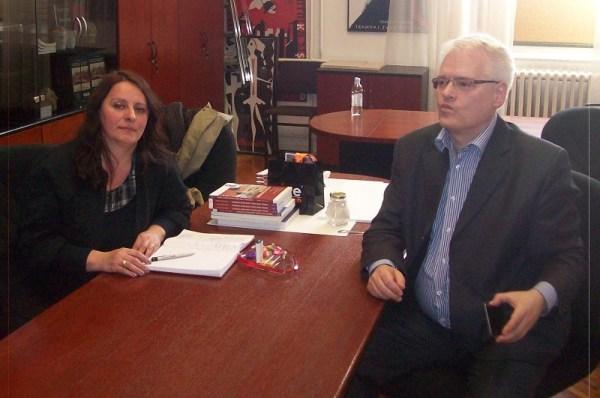 Novinarka Milena Georgievska u razgovoru s dr. Ivom Josipovićem (Foto: Tris)