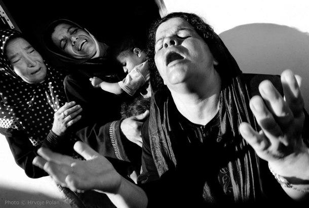 Očaj na pogrebu 11-godišnjaka i njegove 60-godišnje majke u pojasu Gaze (foto Hrvoje Polan)