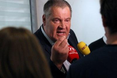 Jambo: Most je 'molitvena sekta', Petrov i Grmoja 'obični bleferi', a Metković 'pogranična kasaba'
