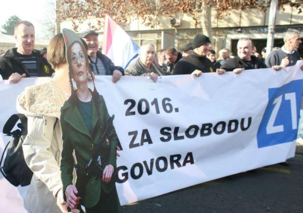 Prosvjed zbog sankcija televiziji Z1 u Zagrebu (foto HINA/Tomislav PAVLEK/ua)