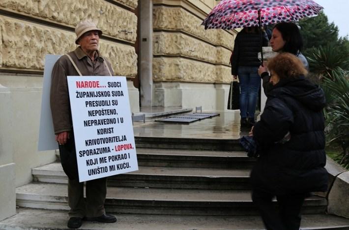 Županijski sud u Šibeniku - prosvjed (Foto H. Pavić) (4)