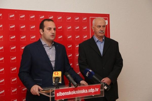 Ivan Klarin i Slobodan Rončević na današnjoj konferenciji za novinare (Foto H. Pavić)