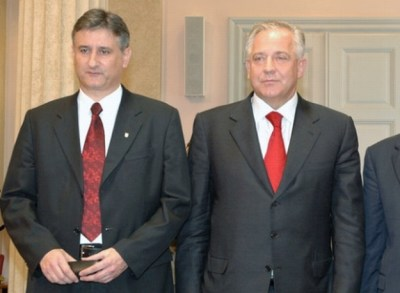 Tomislav Karamarko i dr. Ivo Sanader u u vremenima dok je INA još bila hrvatska (Foto: Vlada RH)