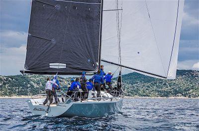 Farr 40 regata: Posada Enfant Terrible i dalje u vodstvu