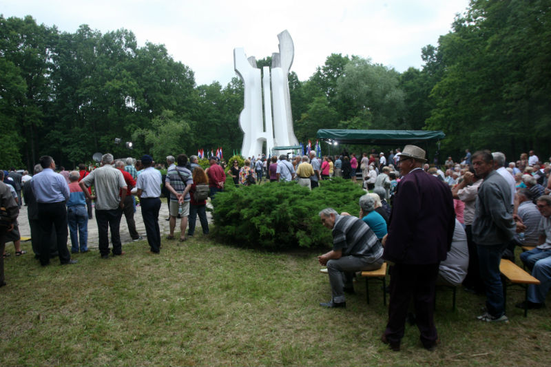 Dan antifašističke borbe svečano obilježen u šumi Brezovica