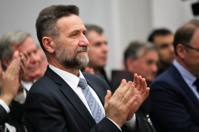 Pljas-pljas... - ministar Barišić (arhiva) - foto TRIS