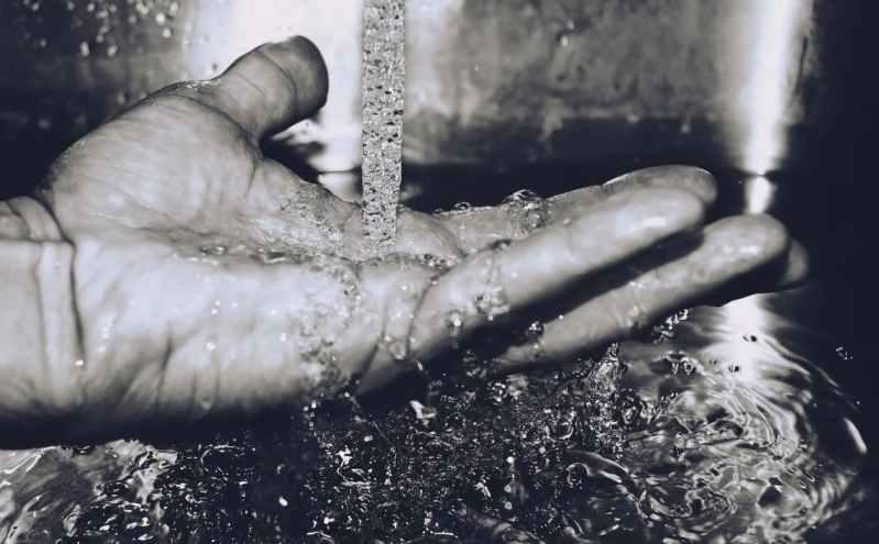Vodu iz 'špina' u većini Šibensko-kninske županije opet treba prokuhati i istaložiti prije upotrebe za piće