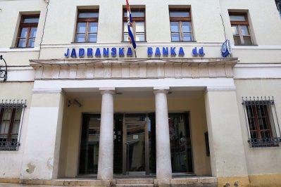 Županijsko državno odvjetništvo u Šibeniku zatražilo istražni zatvor za osumnjičene u slučaju Jadranska banka