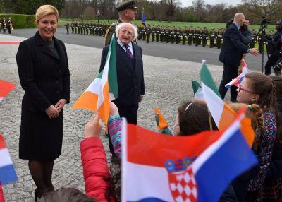 - Irska, Irska... Hrvatska, Hrvatska... - predsjednica RH u posjeti Irskoj (foto: www.predsjednica.hr)