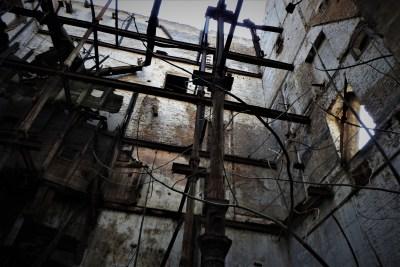 Arhiva: Zlokobna ruševina, nedovoljno osigurana (foto TRIS/G. Šimac)
