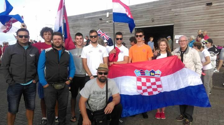 Fotka Valovaca sa svečanog otvorenja Svjetskog junionskog prvenstva (Foto: JK Val)