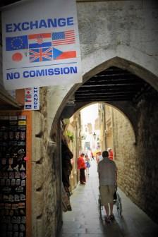 Split, exchange,, no commision... (foto TRIS/G. Šimac)
