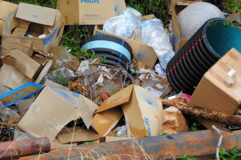 Širok asortiman smeća (foto TRIS/G. Šimac)