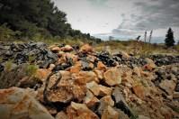 Asfalt, kamen, žica (foto TRIS/G. Šimac)