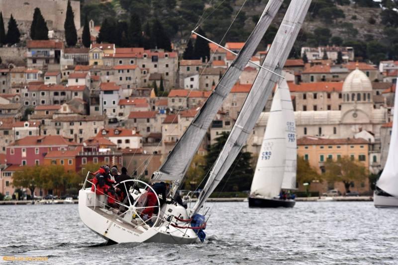 Šibenska regata krstaša (Foto: Milan Balaban)