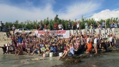 Lučka kapetanija zabranjuje plivanje na pješčanoj plaži (!?): Građanski plivački prosvjed protiv otimačine plaža se odgađa