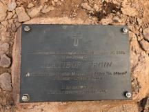 Spomen ploča Zlatiboru Prginu podno planinskog vrha