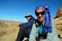 Odmor visoko nad pustinjom. Nina i Tome (foto: Joso Gracin Joka/Nina Živković)